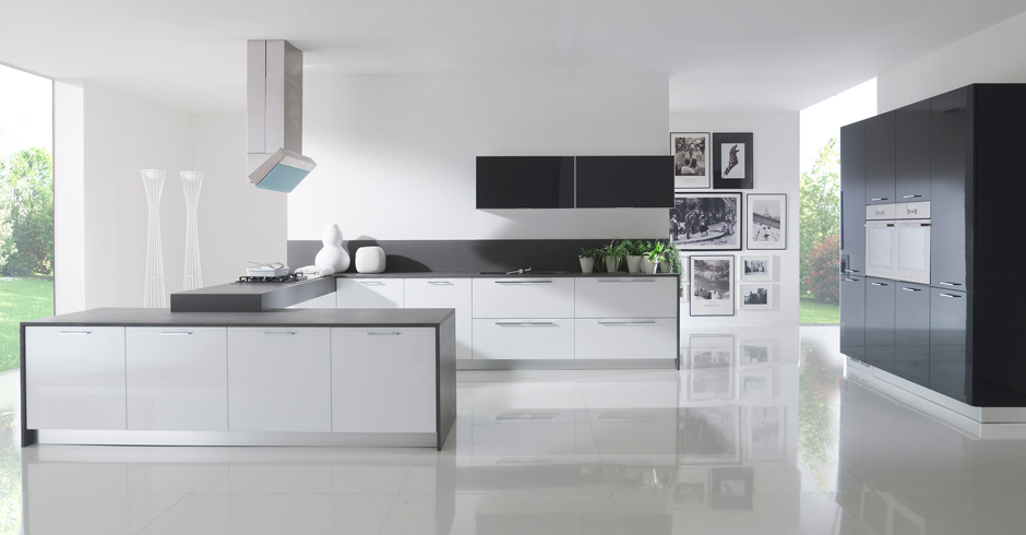 Piana just linearreda - Cucine moderne total white ...